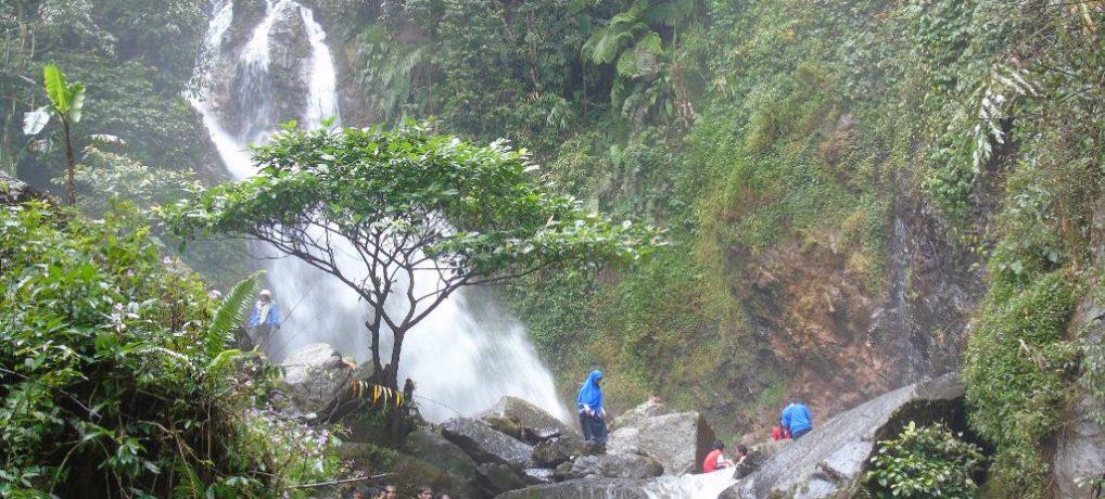 Wisata Pegunungan Curug Ciherang, Sukawangi