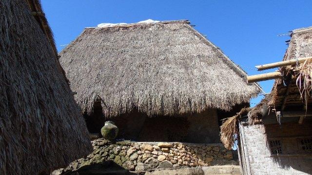 Keunikan Dusun Wisata Sade Lombok Lalerijo