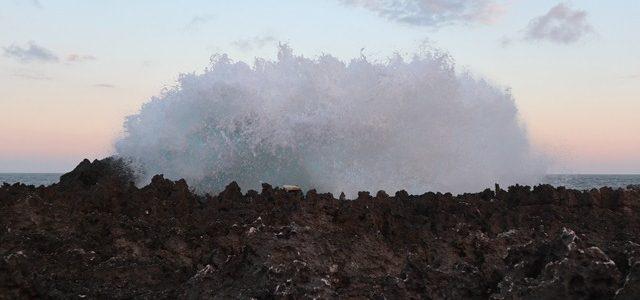 Melihat Pesona Water Blow di sore hari Nusa Dua, Bali